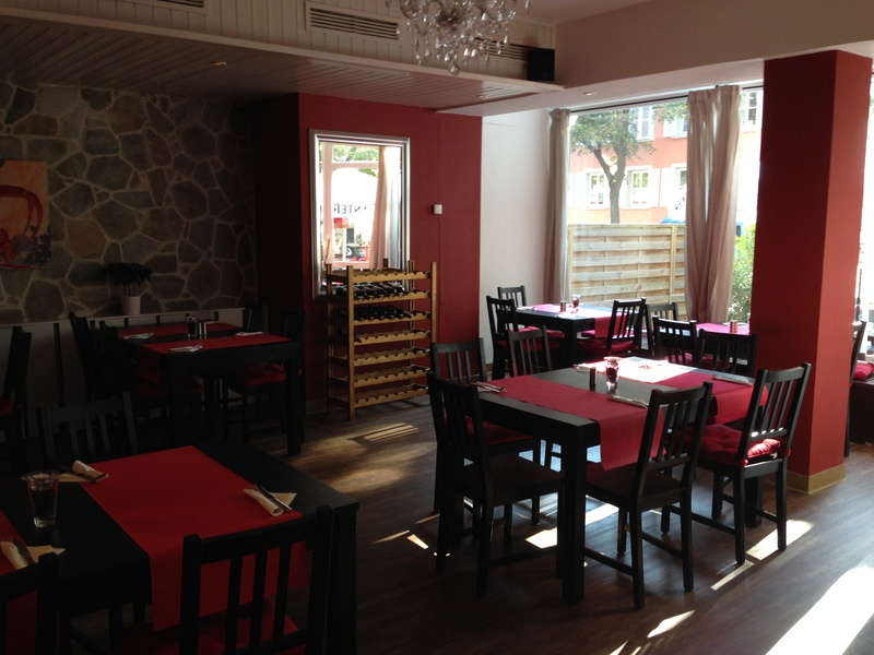 italienische restaurants in freiburg. Black Bedroom Furniture Sets. Home Design Ideas
